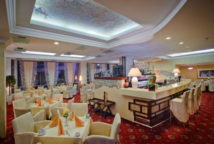 Ресторан Atlas